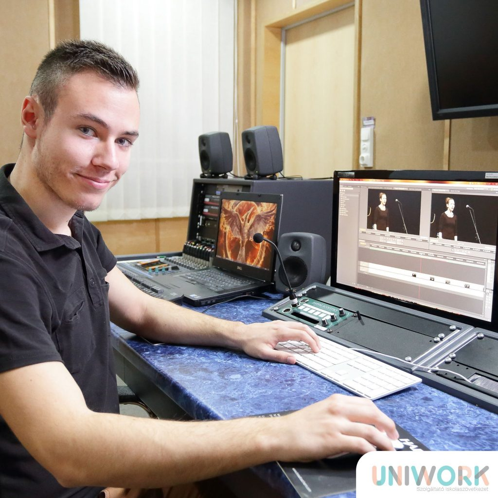 UniWork 019